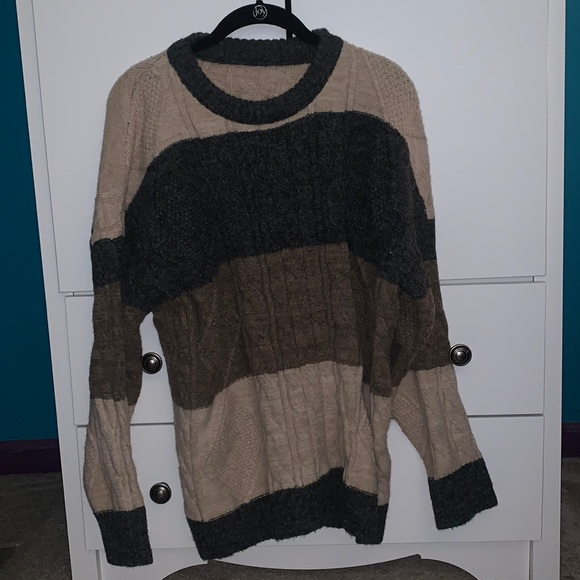 gray, brown, and tan sweater